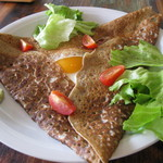 ら.ささマルシェ - 料理写真:地元そば粉厚めのいなかガレット
