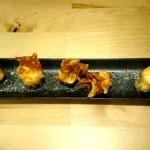 二代目はやっとぉ - 料理写真:二代目はやっとぉ クリームチーズのワンタン包み揚げ fromグリーンロール