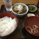 赤坂あべちゃん - 煮込み定食(600円)