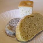 リストランテ・イ・ルンガ - 自家製パン