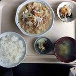 弁天 - もつ煮定食