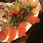 成城裏市場 萬福 - 3種の鮮魚のカルパッチョ 780円也