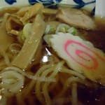倉一廊 - 中華麺接写。