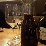 フランツィスカーナー バー&グリル - ドイツの赤はワイン通泣かせ!?しかしドイツ料理とは相性抜群!