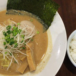 麺バル 3×3 - 味噌ラーメンと小ライス