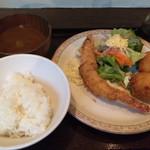 洋食家ロンシャン - カニコロと海老フライのランチ 980円税込