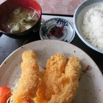 レストラン高滝 - えびフライ定食 全貌