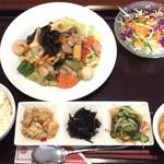 福隆 - 八宝菜セット780円