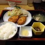 お食事処 さくら - あじフライ定食 750円