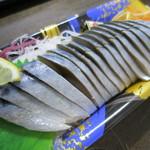 むすんでひらいて - 料理写真:シメ鯖定価298円。半額でした。