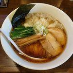 48999564 - ラーメン一兎(あっさり煮干し650円+ワンタン150円)