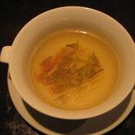 飄香 - ジュンサイのスープ