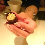 49003311 - お米のお菓子       周りはチョコレートです♪