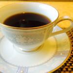 四季の杜 紫尾庵 - 珈琲  カップがノリタケボーンチャイナでした。