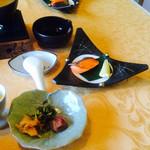 四季の杜 紫尾庵 - 朝食    和食