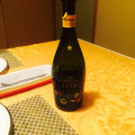 四季の杜 紫尾庵 - こちらのシャンパンは、フルーティで美味しいでした。