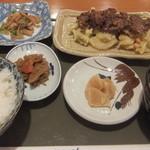 HATSUMOMIJI - くじらの竜田揚げ定食