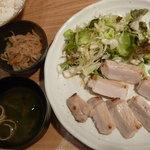 浅草銀鯱 - 豚の粕漬け定食 税込980円