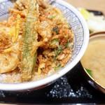 一心 金子 - 天丼とお味噌汁は完璧コンビ