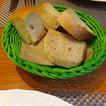 49017530 - ランチのパン♪