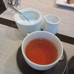 モダンカタランスパニッシュ ビキニ - 紅茶