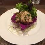 ANANDA - ★7.5 タイ東北風グリルポークのハーブサラダ