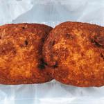 むらまつ - ゼリーフライ 2枚購入  冷えたときの食べ方やパンに挟んでも美味しいよとか、詳しく教えてくれました。