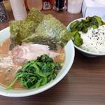 武蔵家 - らー麺+ライス