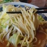 佑ちゃん亭 - 中ちぢれ麺