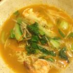 49036901 - 鶏ガラ、シーフード、トムヤムクン、ココナッツ風味 インドネシアラーメン!