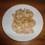 焼肉処・炉炭 - 豚ホルモン(塩)350円
