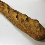 Boulangerie bee - バゲットベー 260円