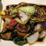 ロン ファン - 帆立と季節野菜の中国醤油炒め 1,150円