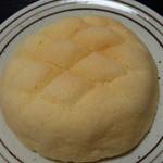 グランマ - メロンパン(130円)