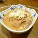 シチュー屋 - もつ煮込¥450