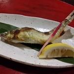 たけの蔵 - とても美味しい「鮎の塩焼き」です。小振りですが、いい味でした。