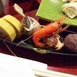 たけの蔵 - 「先付け」です。熊本の辛し蓮根、バイガイ、里芋、海老、おはぎまでも。