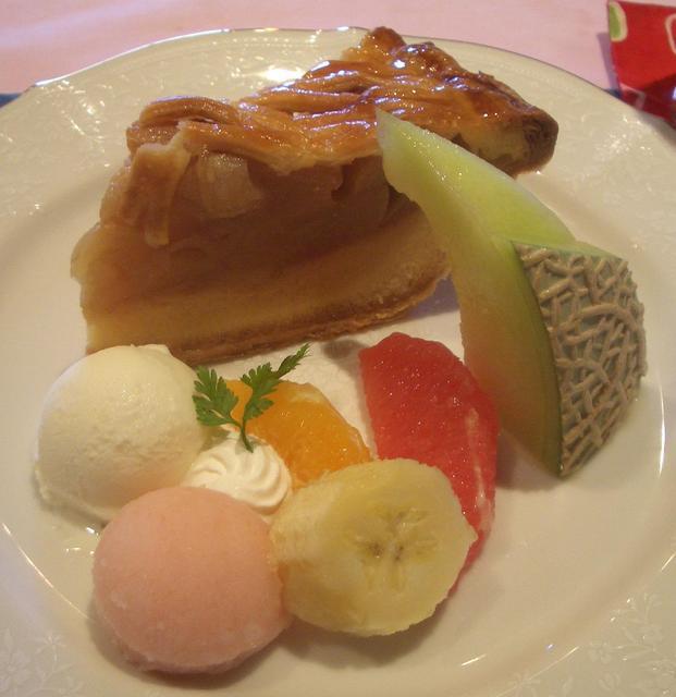 プードル - デザートセット:アップルパイ+アイスコーヒー