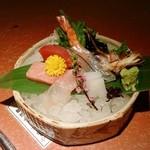 あみ焼割烹幸だるまなごみ - お刺身の盛り合わせ(7種)
