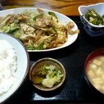 Kouka - ホルモン炒め定食¥950