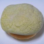 レイジーアフタヌーン - 料理写真:レアチーズメロンパン