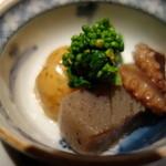 みちば和食 銀座 たて野 - 炊き合わせ:新ジャガ芋、飯蛸、蒟蒻、菜花