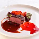 アルテリーベ - マグレ鴨のフィレ肉、ブラッドオレンジの香り