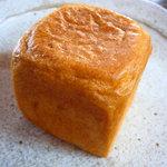 ラ・シャルル - トマトパン