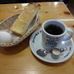 コメダ珈琲店 - ブレンドコーヒー・モーニング400円(税込)