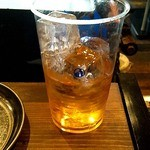 かき殻荘 - 「おばあちゃんがつくった梅酒(¥400)」をロックで