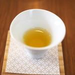 茶茶の間 - 絶品のお茶(秋津島)