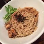 油そば 伊太郎 - 料理写真:油そば・大盛り(700円)2016年3月