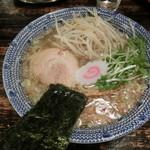 らーめん くじら軒 - 素心ラーメン(大盛り)太麺、塩味(900円)