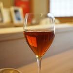 京懐石 吉泉 - すごくすごく大きなグラスになみなみのウーロン茶